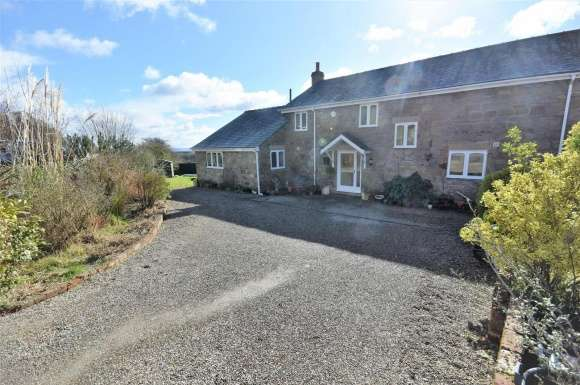 4 Bedrooms Property for sale in Vron, Tanyfron, Wrexham