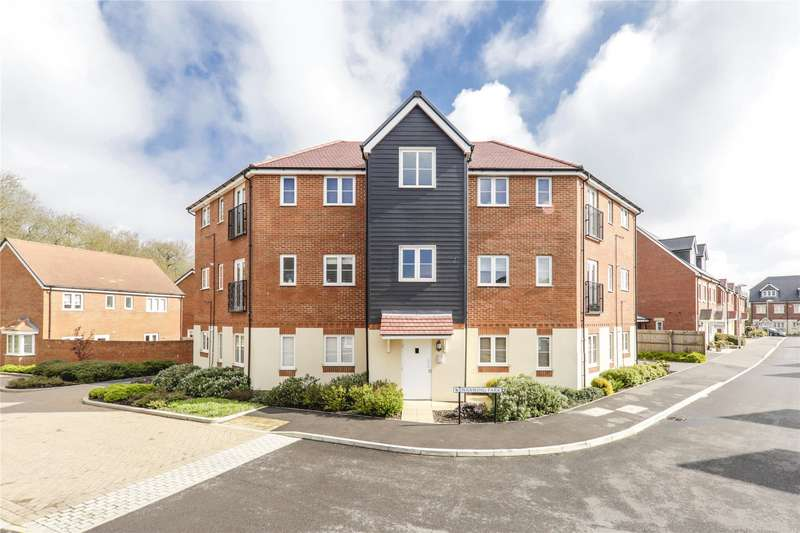 2 Bedrooms Apartment Flat for sale in Waxwing Park, Jennett's Park, Bracknell, Berkshire, RG12