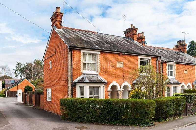 3 Bedrooms Semi Detached House for sale in Kennel Ride, Ascot