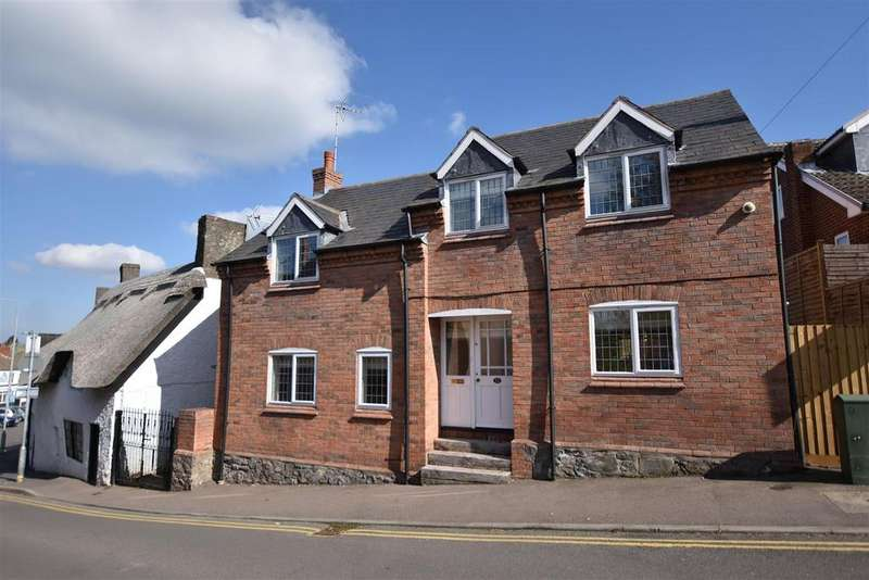 4 Bedrooms Detached House for sale in Church Street, Shepshed, Loughborough