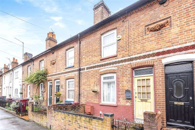 3 Bedrooms Terraced House for sale in Elgar Road, Reading, Berkshire, RG2