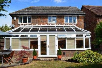 4 Bedrooms Detached House for sale in Kestrel Way, Sandy, Bedfordshire