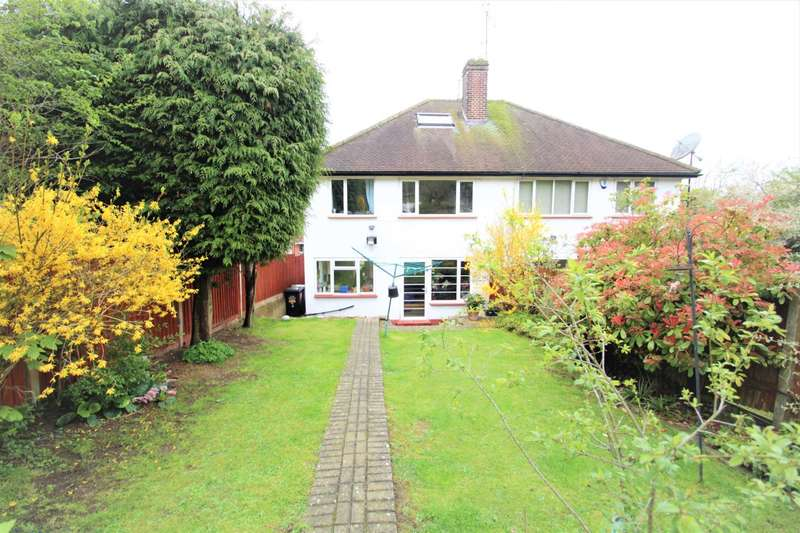 3 Bedrooms Semi Detached House for sale in Elmwood Crescent, Luton, LU2 7HX