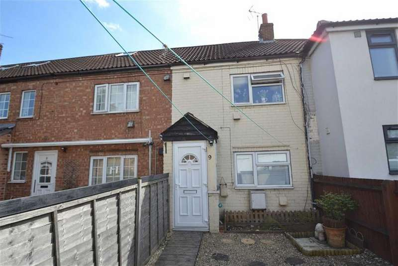 2 Bedrooms Terraced House for sale in Kennet Place, Newbury, Berkshire, RG14