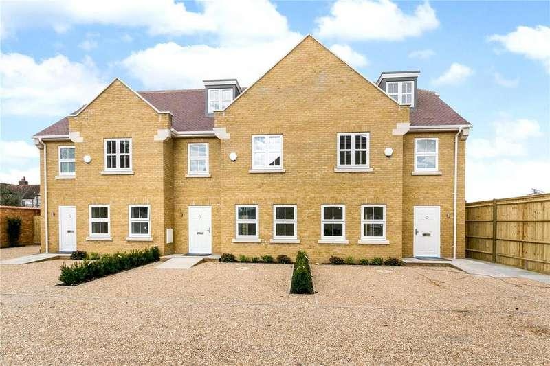 4 Bedrooms Terraced House for sale in Kingsway Mews, Farnham Common, Slough, SL2