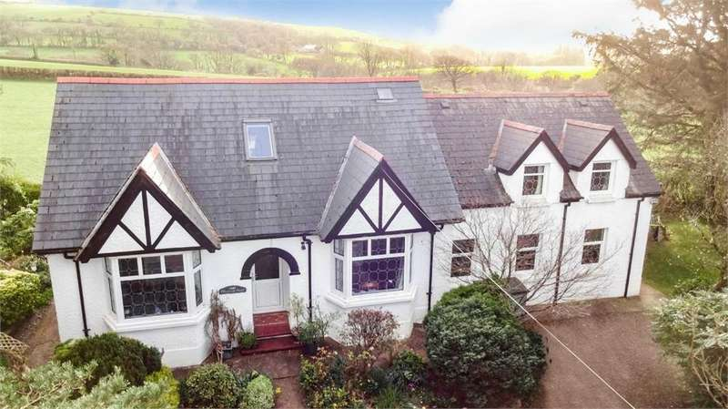4 Bedrooms Detached House for sale in Maes Yr Awel, CRYMYCH, Pembrokeshire