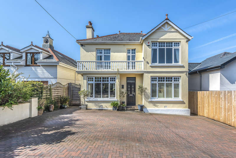 5 Bedrooms Detached House for sale in Radford Park Road, Plymstock