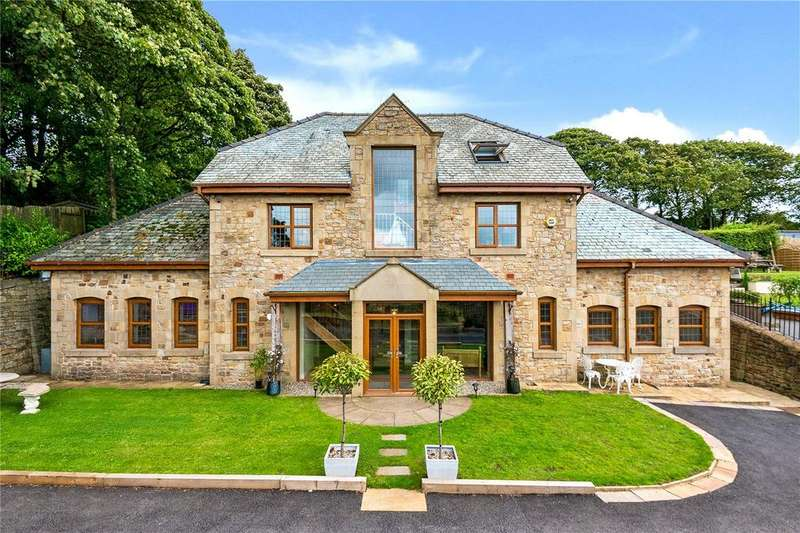 5 Bedrooms Detached House for sale in Whalley Road, Wilpshire, Blackburn, Lancashire, BB1