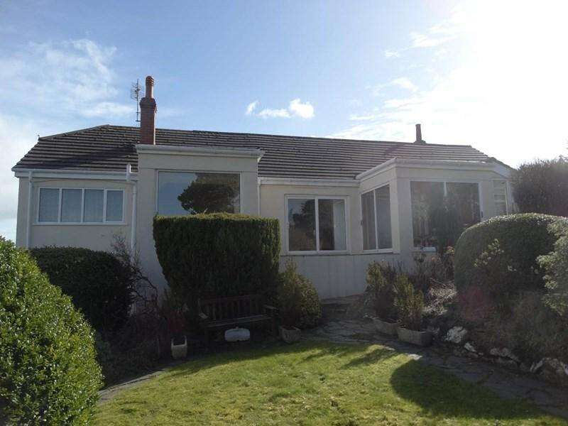 4 Bedrooms Detached House for sale in The Chalet 54 Pen Y Bryn Road, Upper Colwyn Bay