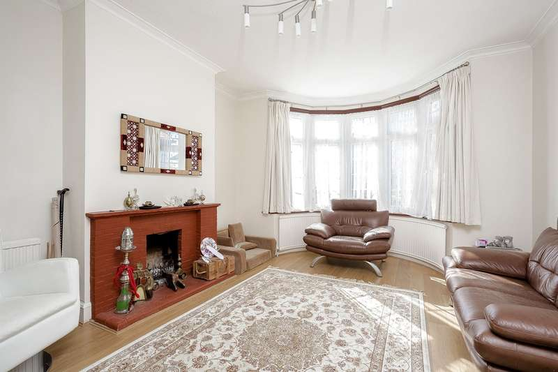 5 Bedrooms Semi Detached House for sale in Northumberland Road, Harrow, HA2