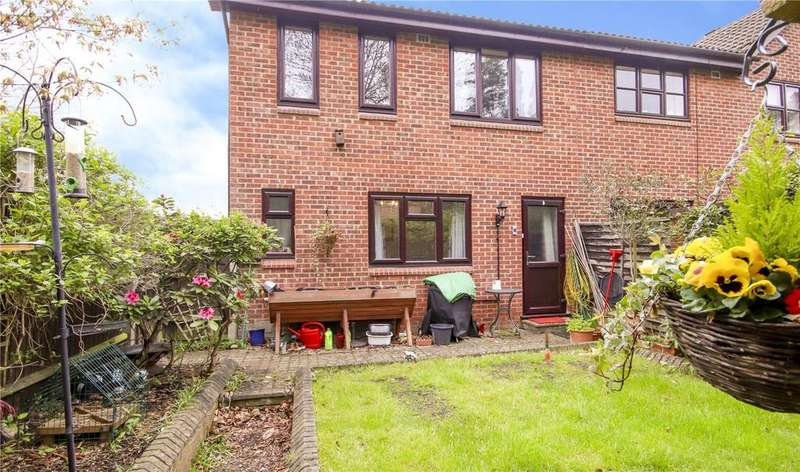 2 Bedrooms Terraced House for sale in Burbage Green, Bracknell, Berkshire, RG12