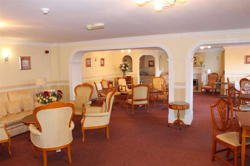 1 Bedroom Retirement Property for sale in Howth Drive, Woodley, Reading