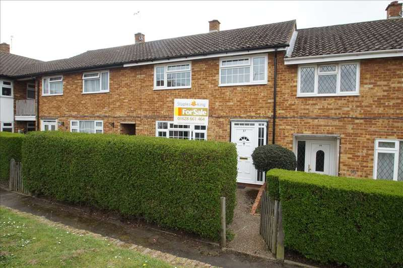 3 Bedrooms Terraced House for sale in Pemberton Road, Slough