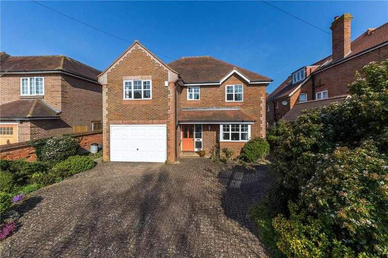 4 Bedrooms Detached House for sale in Kirkwick Avenue, Harpenden, Hertfordshire