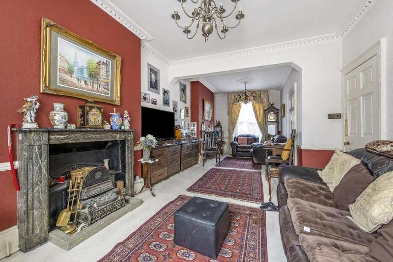 6 Bedrooms Terraced House for sale in Claremont Square, Clerkenwell