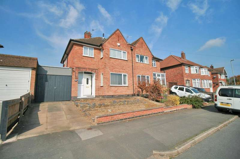 3 Bedrooms Semi Detached House for sale in Woodgate Drive, Leicester