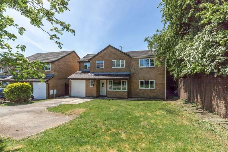 6 Bedrooms Detached House for sale in Carterton, OX18