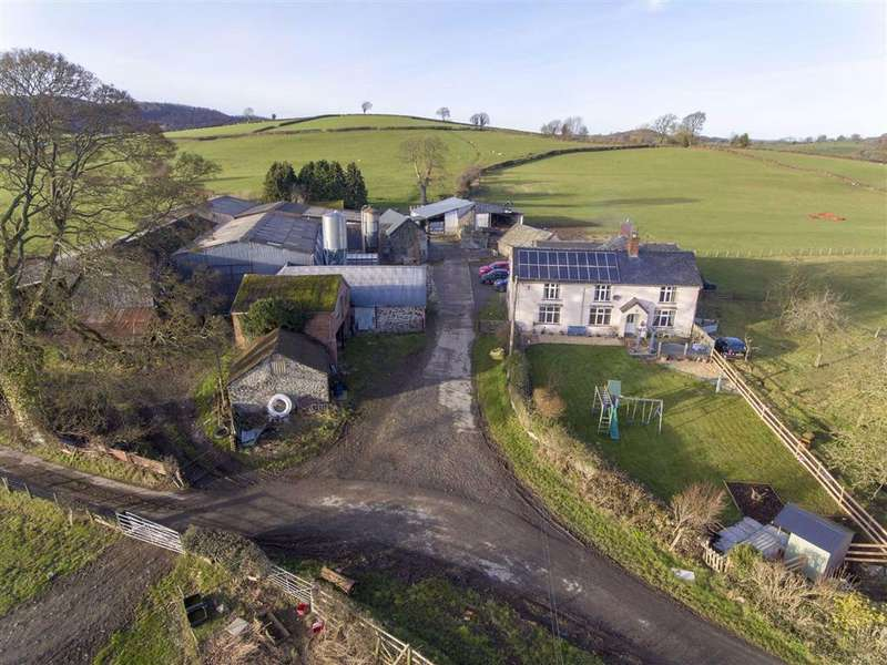 5 Bedrooms Detached House for sale in Llanfair Caereinion, Welshpool, SY21