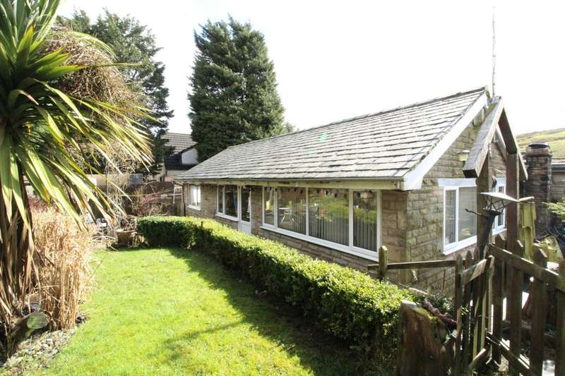3 Bedrooms Detached Bungalow for sale in New Line, Bacup, OL13
