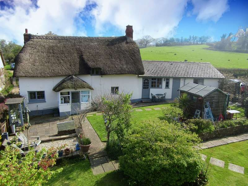 4 Bedrooms Cottage House for sale in Farway, Colyton