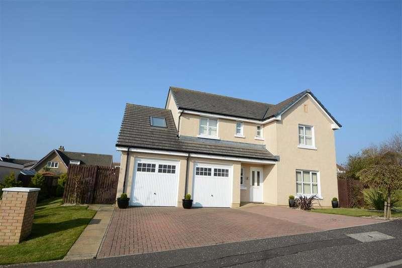 4 Bedrooms Detached Villa House for sale in 2 Cumbrae Place, West Kilbride, KA23 9JR