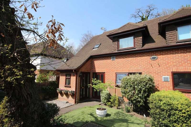 1 Bedroom Maisonette Flat for sale in Rectory Close, Bracknell