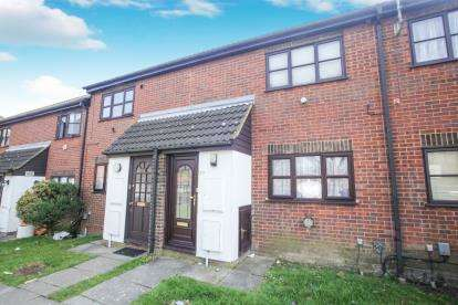 1 Bedroom Maisonette Flat for sale in Coulson Court, Dallow Road, Luton, Bedfordshire