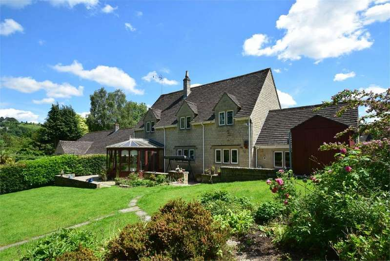 5 Bedrooms Detached House for sale in Lawns Park, North Woodchester, Stroud, GL5