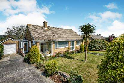 3 Bedrooms Bungalow for sale in Carlyon Bay, St. Austell, Cornwall