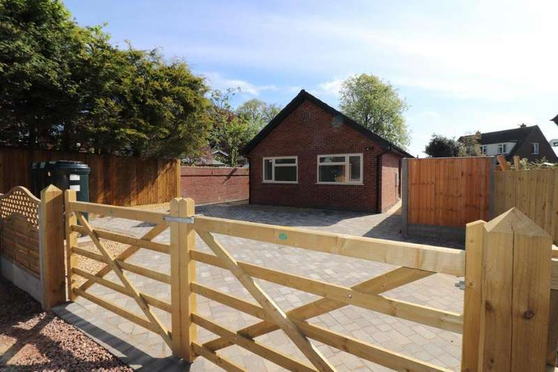 2 Bedrooms Bungalow for sale in SCALFORD