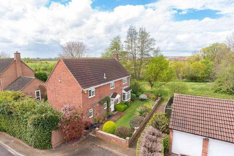 5 Bedrooms Detached House for sale in Chapman Close, Kempston