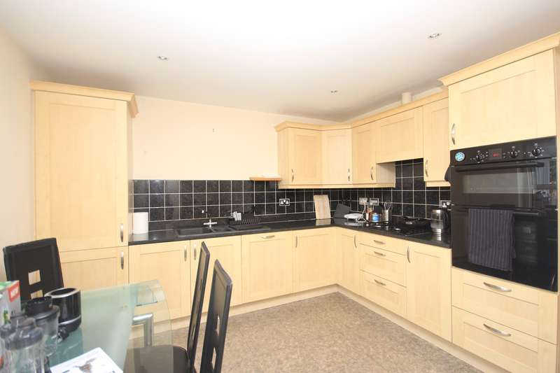 3 Bedrooms End Of Terrace House for sale in Ashton Gate, Flitwick, MK45