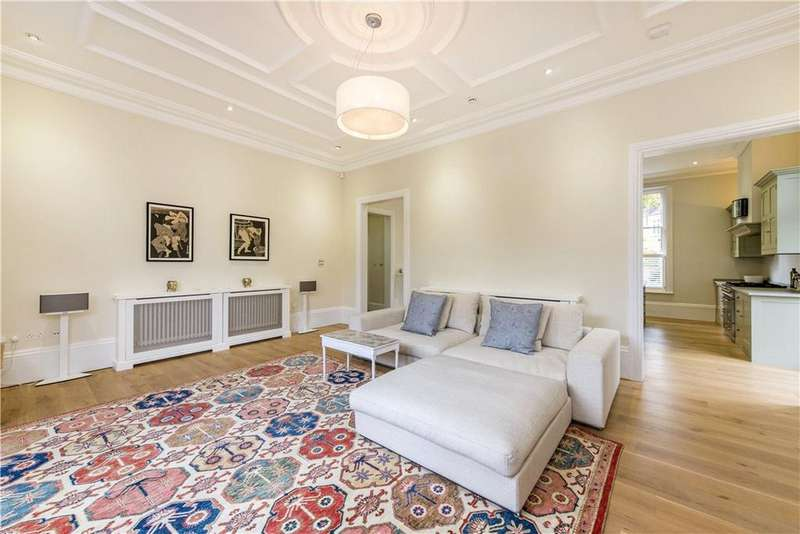 3 Bedrooms Flat for sale in Hampstead Hill Gardens, London, NW3