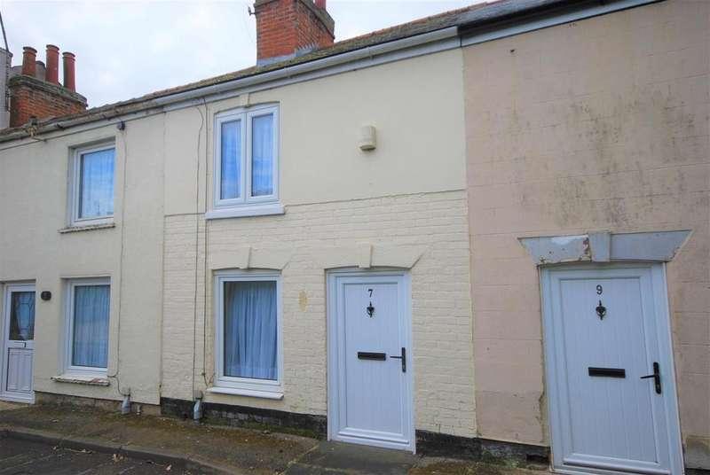 1 Bedroom Terraced House for sale in Cross Street, Holbeach, Spalding
