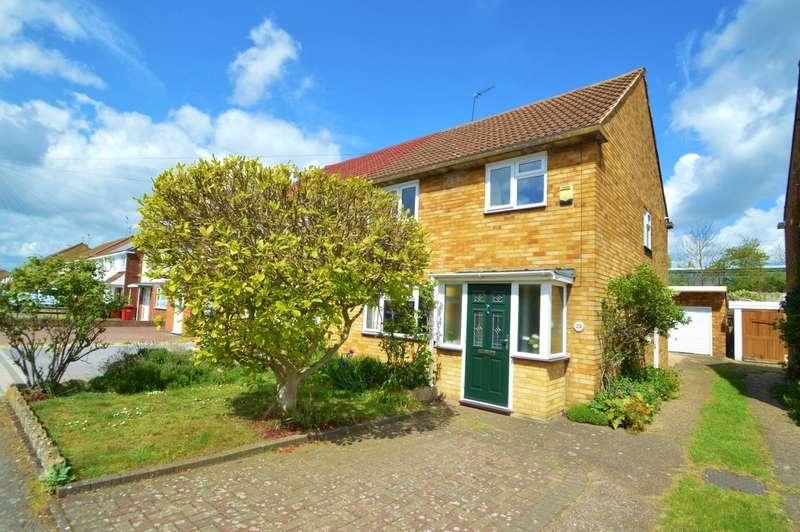3 Bedrooms Semi Detached House for sale in Alderbury Road, Langley, SL3