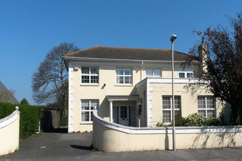 4 Bedrooms Detached House for sale in Branksea Avenue, Hamworthy, Poole, BH15