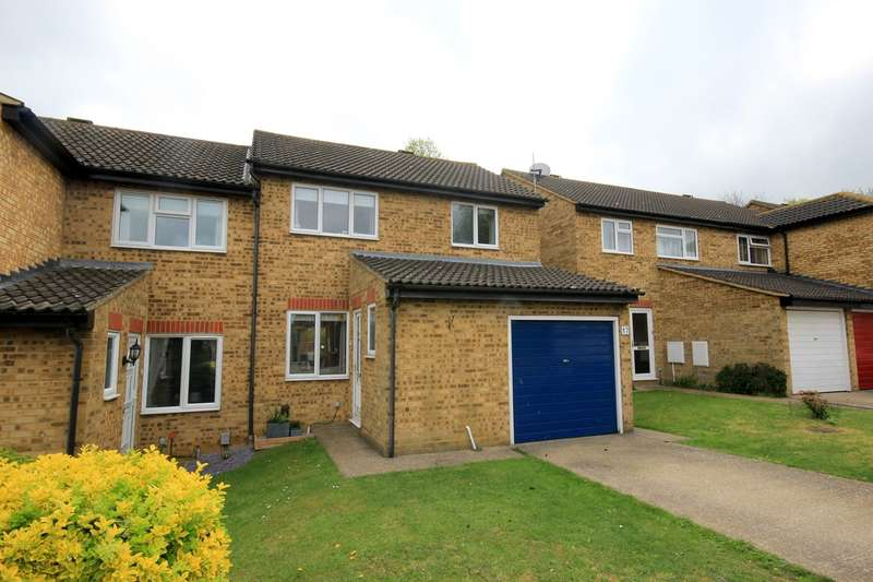 3 Bedrooms Semi Detached House for sale in Avon Rise, Flitwick, MK45