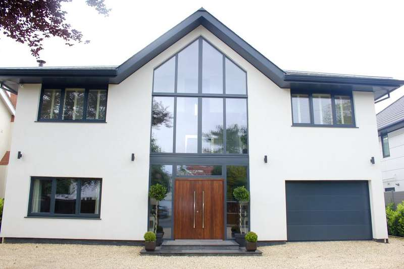 5 Bedrooms Detached House for sale in Timms Lane, Freshfield, Liverpool L37