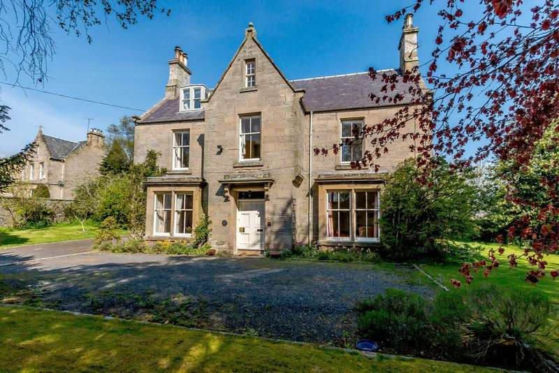 5 Bedrooms Detached House for sale in Mainhill, Bridgend, Duns, Berwickshire