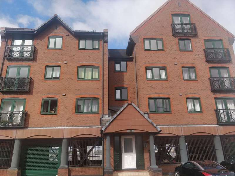 2 Bedrooms Duplex Flat for rent in South Ferry Quay, Liverpool, Merseyside, L3