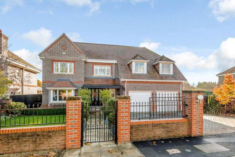 5 Bedrooms Detached House for sale in Knappswood Close, Upper Basildon, Reading