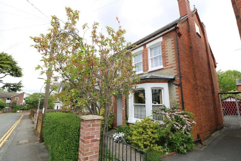 3 Bedrooms Semi Detached House for sale in Brunswick Hill, Reading