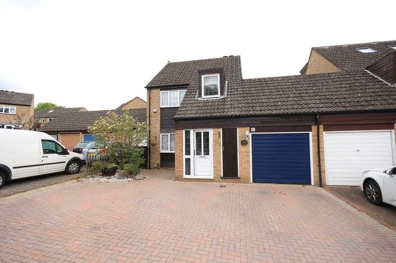 3 Bedrooms Link Detached House for sale in Frobisher, Bracknell