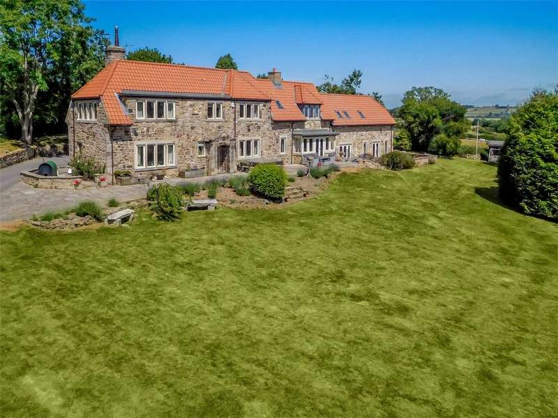 6 Bedrooms Detached House for sale in Swindon Close, Hall Green Lane, North Rigton, Near Harrogate, LS17