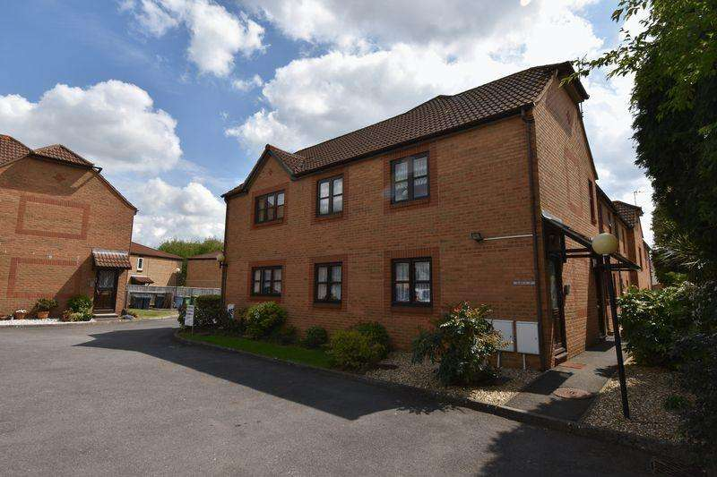 2 Bedrooms Retirement Property for sale in Westerleigh Road Downend