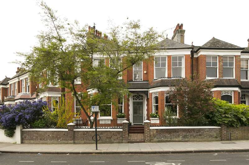 5 Bedrooms House for sale in Parkholme Road, Hackney, E8