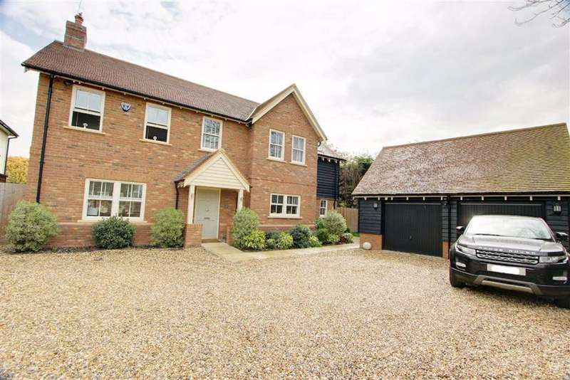 4 Bedrooms Detached House for sale in Eaton Bray, Bedfordshire
