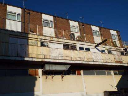 2 Bedrooms Flat for sale in High Street, Harwich, Essex