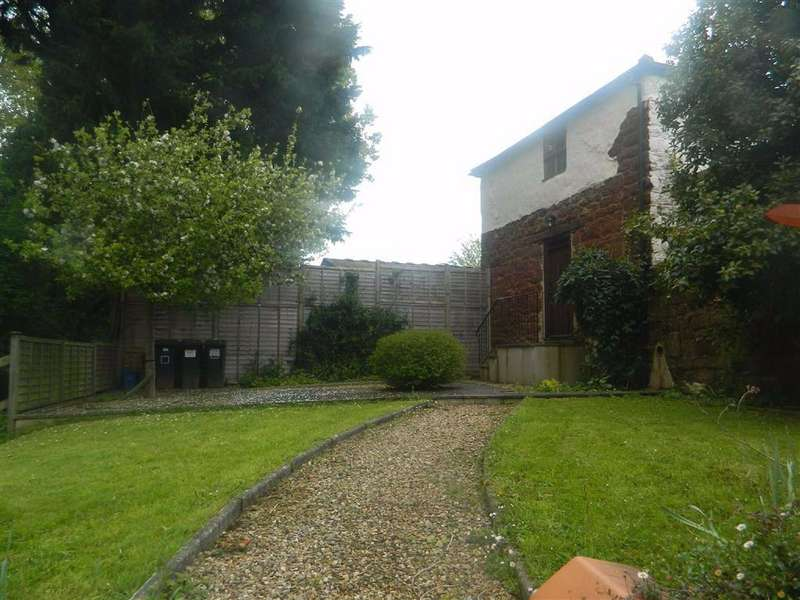 4 Bedrooms Detached House for rent in Shillingford St. George, Shillingford St George, Exeter, EX2