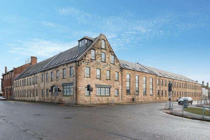 2 Bedrooms Flat for sale in Barclay House, West Langlands Street, Kilmarnock KA1 2PR